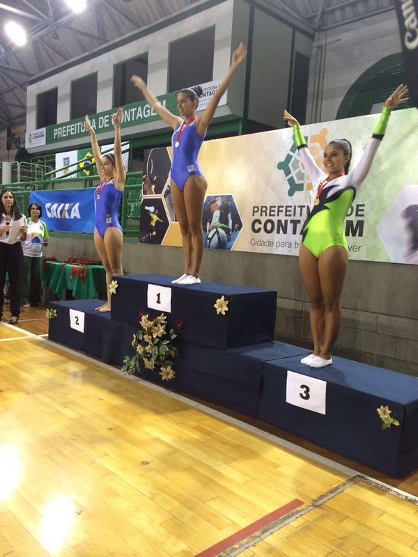 Cassia Delgado foi terceira colocada no trampolim individual da categoria Adulta