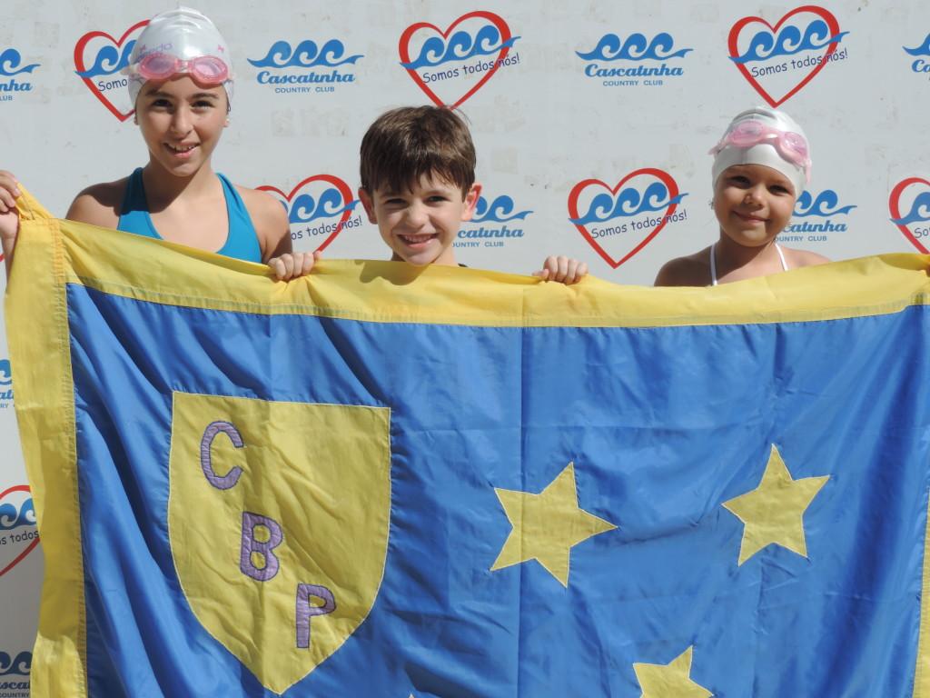Isabela, Myrian e Heitor tiveram uma de suas primeiras experiências em competições, no Cascatinha Country Club