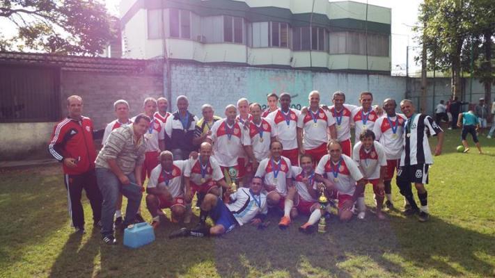 Equipe do Montanhês Futebol Clube, campeões na categoria Sênior