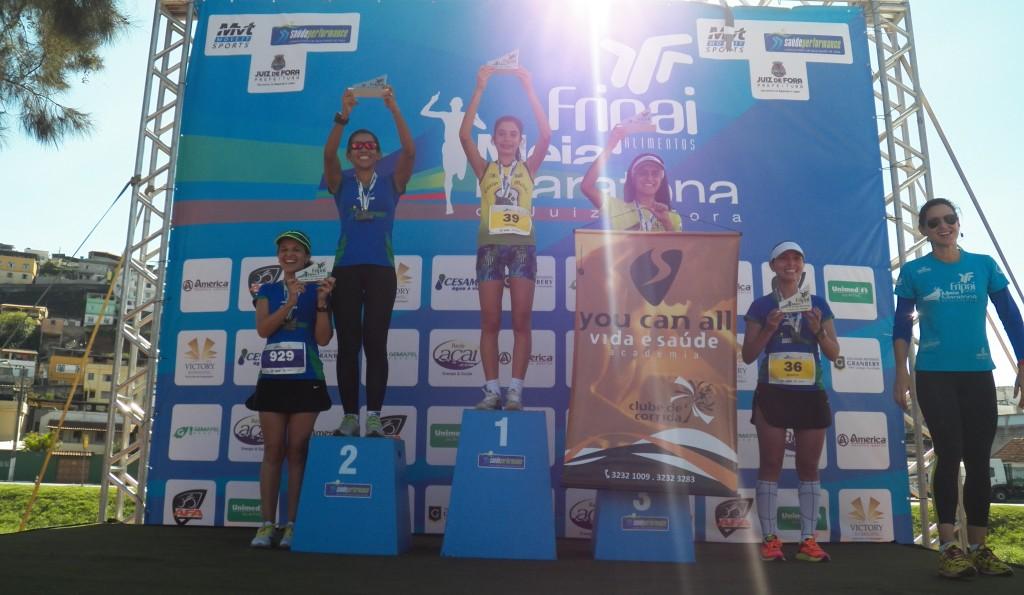 Pódio feminino da prova de 10km