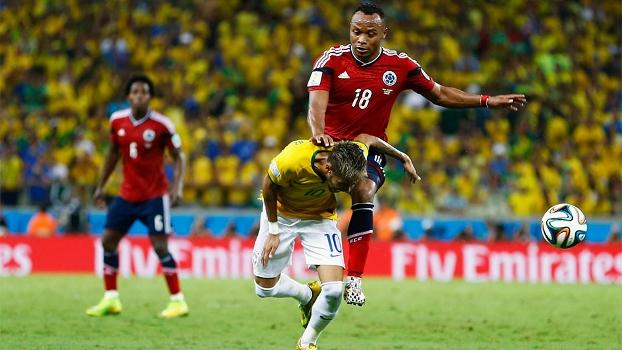 Entrada de Zuñiga que tirou Neymar dos dois jogos finais da seleção brasileira na Copa do Mundo: semifinal e decisão (ou disputa do terceiro lugar) - Foto