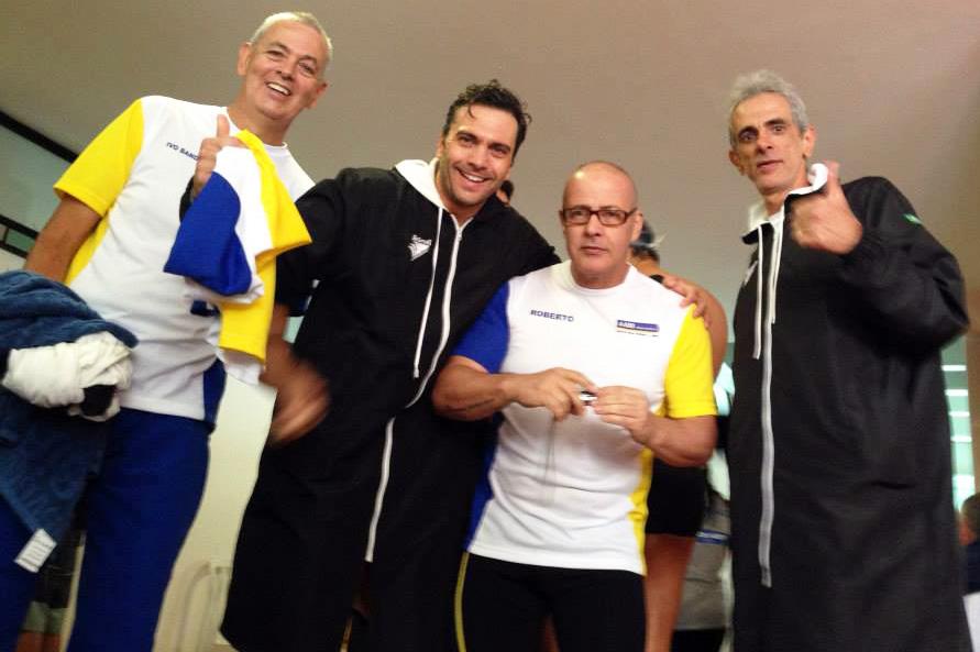 Ivo Bandeira, Mateus Frota, Roberto de Faria e André Fonseca trazem o ouro no Revezamento 4x50m (200+)