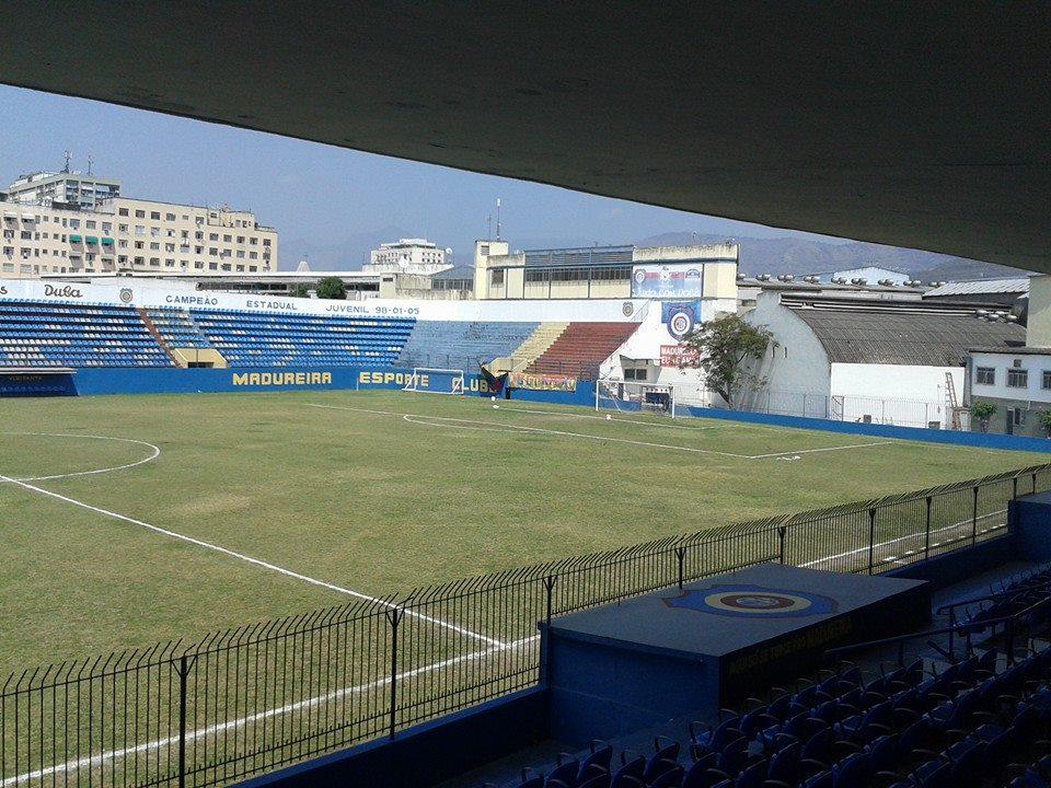 Jogo foi realizado no Aniceto Moscoso, em Madureira