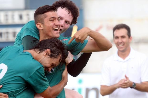 Com vários ex-carijós (na Comissão Técnica e dentro de campo), Caldense foi destaque da primeira rodada (Foto: Luciano Santos/Mantiqueira)