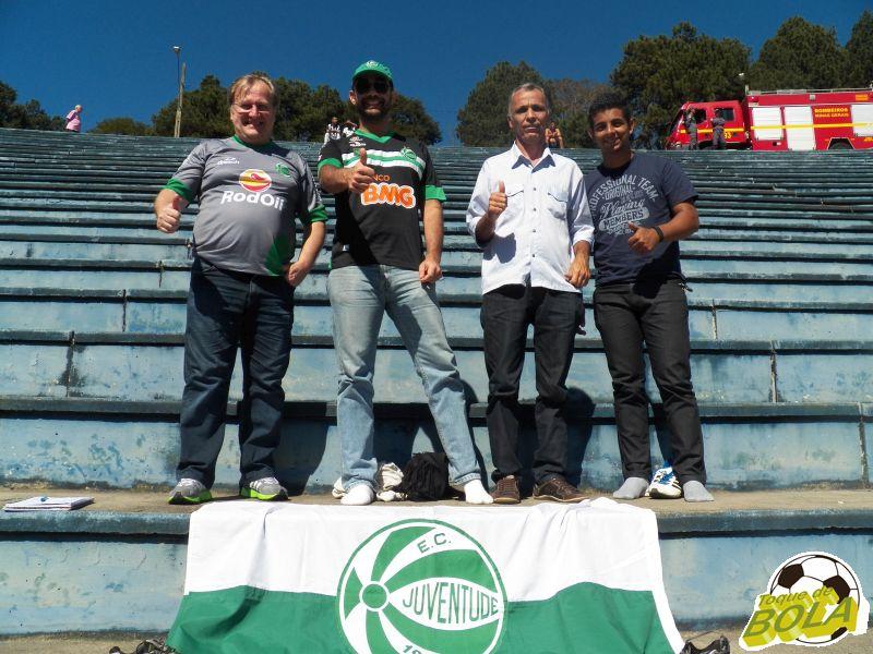 Torcedores do Juventude pediram a vitória, mas viram de perto amanutenção da invencibilidade de seu clube na Série C