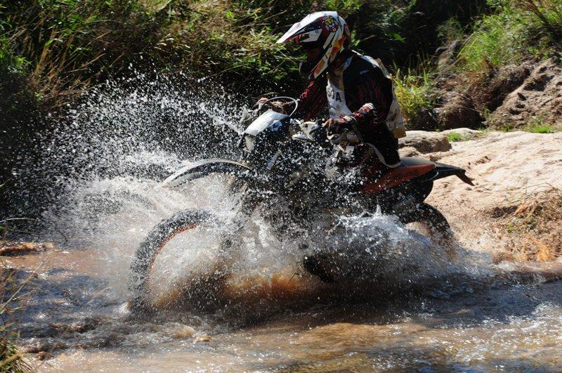 Ibitipoca Off Road: 26ª edição reúne 410 motos (novo recorde) e 65 carros em dois dias de prova entre Juiz de Fora, Lima Duarte e Conceição de Ibitipoca