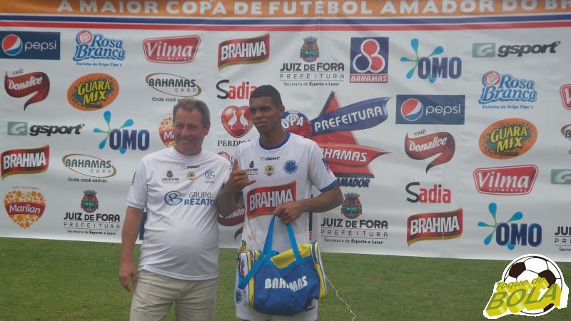 Zagueiro Rafael foi escolhido o melhor do Cruzeirinho na decisão