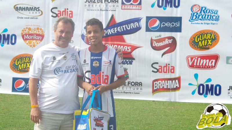 Taylor, destaque do Centro de Futebol Zico na competição
