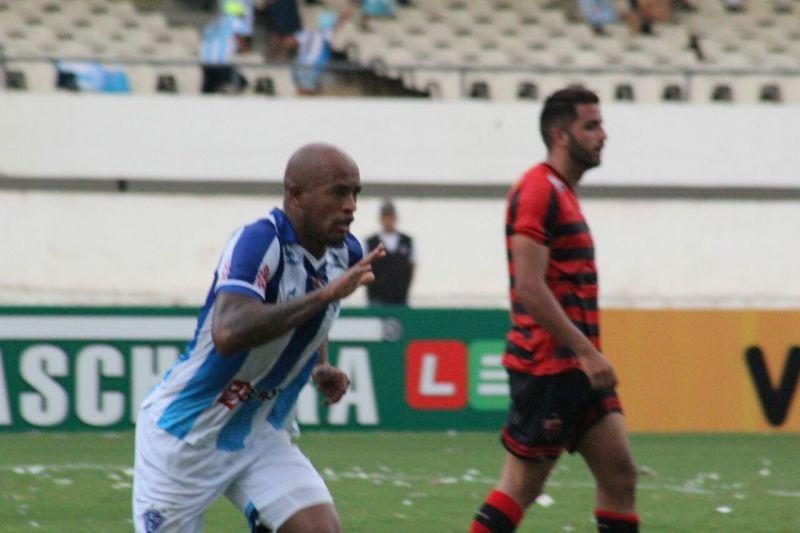 Alexandro marcou para o Papão no empate em casa contra o Oeste