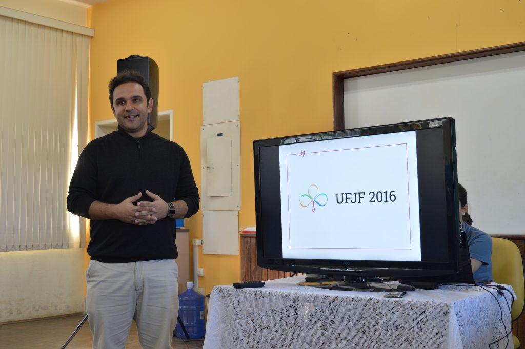 Fred Belcavello apresentou a logo da UFJF 2016