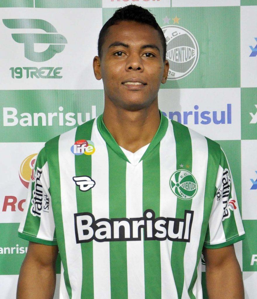 Carlinhos teria sido inscrito de maneira irregular (Foto: Site Oficial do Juventude)