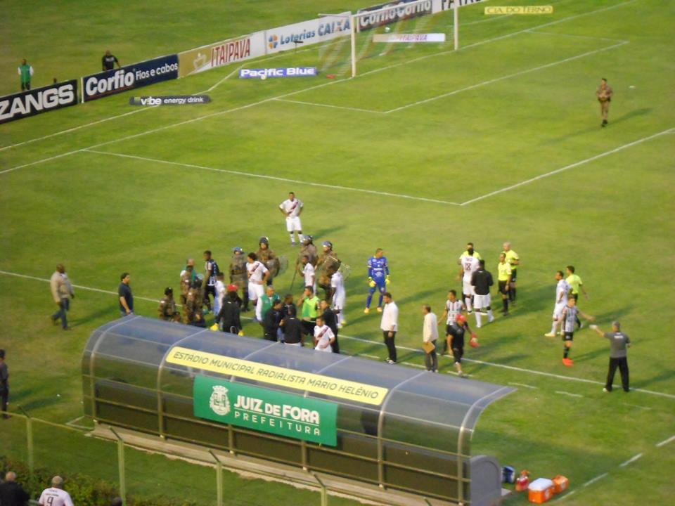Reserva do Vila Nova se desentendeu com gandula do Estádio Municipal