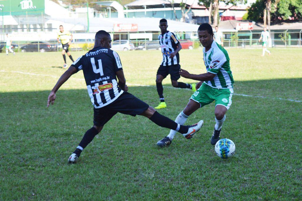 Tupi foi mais organizado e venceu o Sport por 1 a 0, no Estádio Dr. José Procópio Teixeira