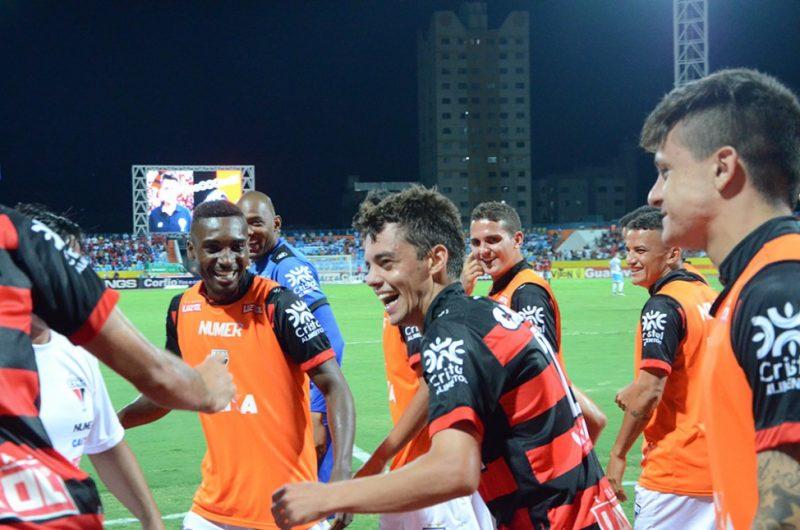 Atlético-GO segue na liderança da Série B (Foto: Divulgação Site Oficial Atlético Goianiense)