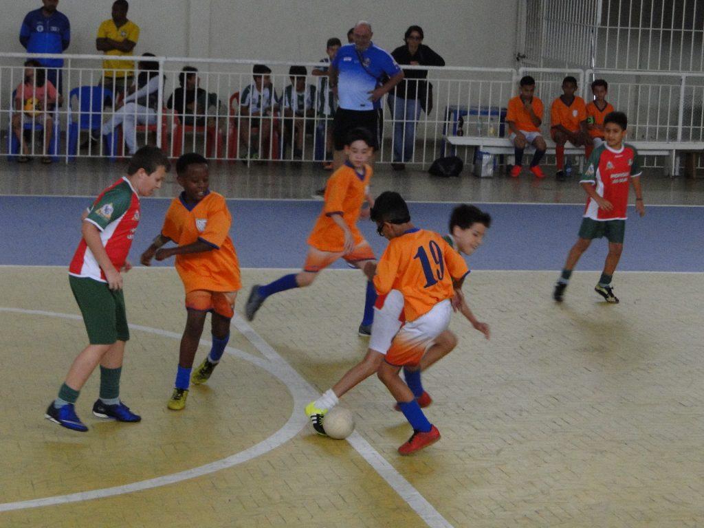 Copa Toque de Bola de Futsal: competição coloca a nova geração em quadra, com foco na desportividade e no respeito