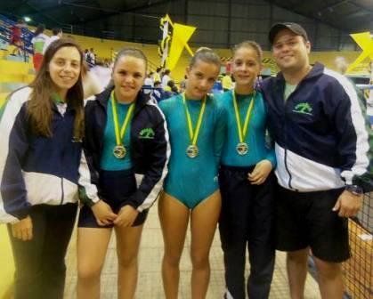 Read more about the article Ginástica de Trampolim: atletas locais voltam com medalhas do Campeonato Brasileiro