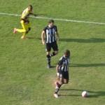 Além de mostrar segurança na defesa, Silvio se arriscou com sucesso e jogadas ofensivas (Foto: Assessoria de Imprensa do Tupi)