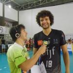 Clinty,  com o repórter Igor Rodrigues