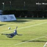 Em belo chute cruzado de esquerda, Maradona marcou o gol da vitória do Tupi sobre o Madureira no sábado, 31