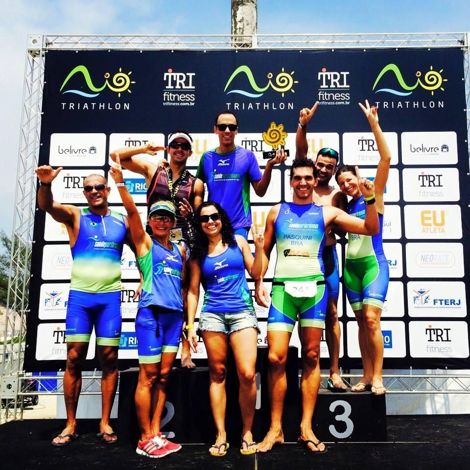 SaúdePerfomance é campeã por equipes na primeira etapa Rio Triathlon