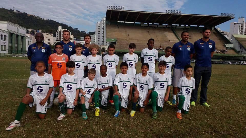 Read more about the article Base de sucesso: Sport conquista mais três títulos e atrai olhares de clubes da Série A