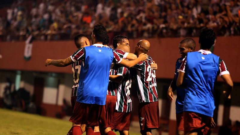 Copa do Brasil: com casa cheia em Muriaé, Flu tira Tombense. Caldense perde em casa para a Ponte