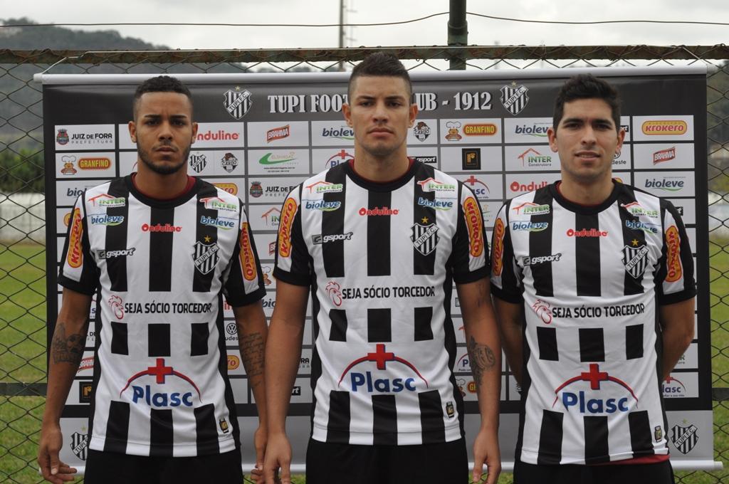 """Read more about the article Entre """"altas e baixas"""", Tupi recebe Atlético-GO às 16h,  no Estádio Mário Helênio"""