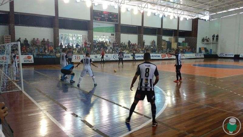 """Futsal Tupi digere eliminação na Copa do Brasil: """"O ano ainda não acabou"""", diz Biaggi. Com vídeo no Toque"""