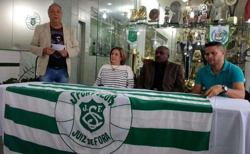 Read more about the article Com Josimar, Sport costura volta ao futebol. Federação nega clube na Segunda Divisão este ano