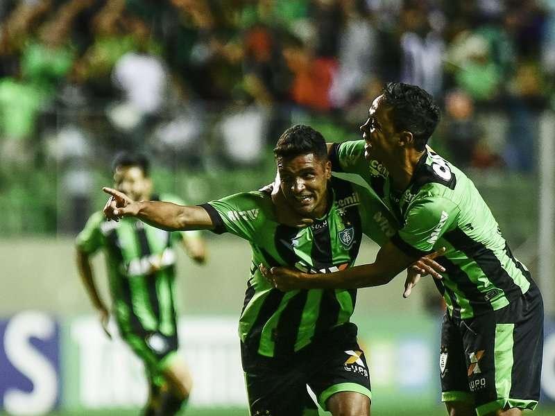 """Read more about the article Com América """"subindo"""" e Boa no Z-4, Minas pode não figurar na Série B 2018. Santa Cruz reencontra Tupi?"""