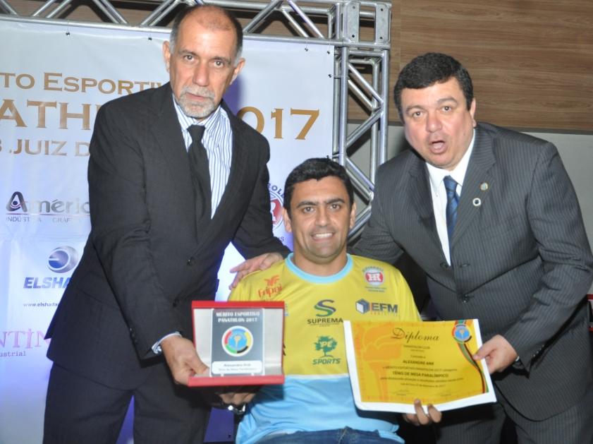 Cláudio Esteves, Alexandre Ank (Tênis Paralímpico) e Walter de Souza Monteiro (Panathlon Club JF)