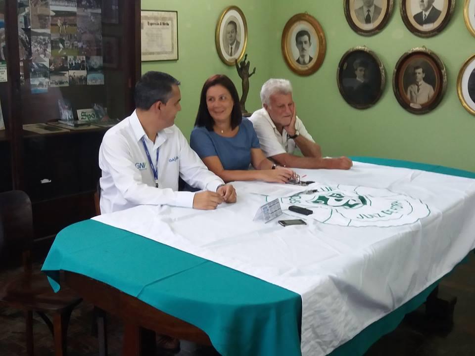 Read more about the article Sport Club JF assina convênio para aquecimento da piscina olímpica