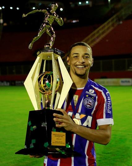 """Read more about the article Exclusivo: Gregore, o """"Guegué"""", de JF, é campeão na Bahia e joga Série A"""