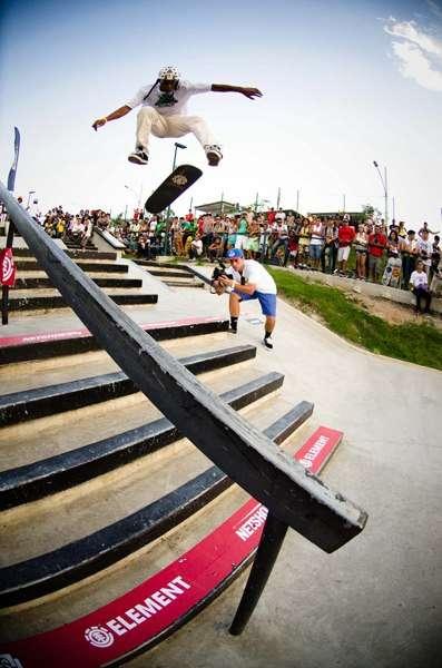 Read more about the article Cascatinha inaugura pista de skate com presença de Nicholas Dias