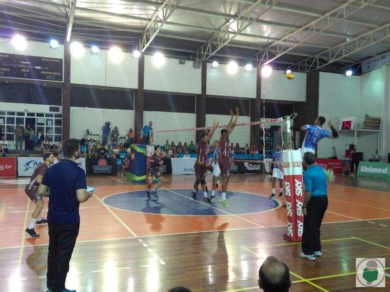 Read more about the article Não deu! JF Vôlei perde por 3 a 0 para Lavras