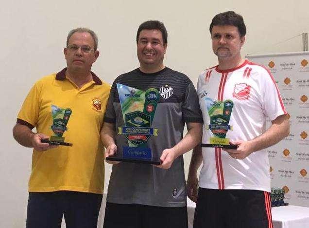 Com revanche! Leonardo Stumpf é campeão brasileiro de futebol de mesa