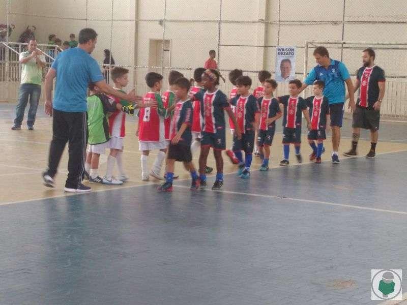 Read more about the article Com fotos! 6ª Copa Toque de Bola chega à reta final com ideais mantidos