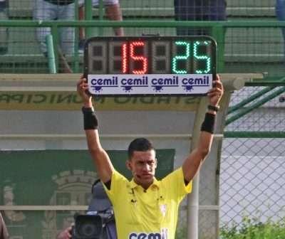 Read more about the article Fifa sugere 5 trocas! Especialistas de JF repercutem