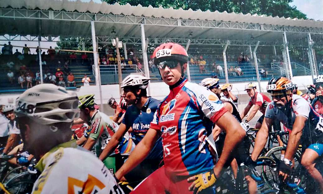 Read more about the article Especial: Chicão Serdeira e os 40 anos de ciclismo