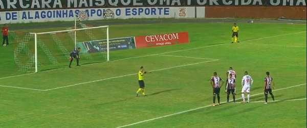 Read more about the article Um a um: Baeta e Atlético mantêm posições na Série D