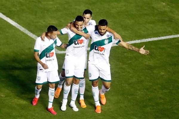 Read more about the article Raios X Gama: salários em baixa e futebol cem por cento em alta