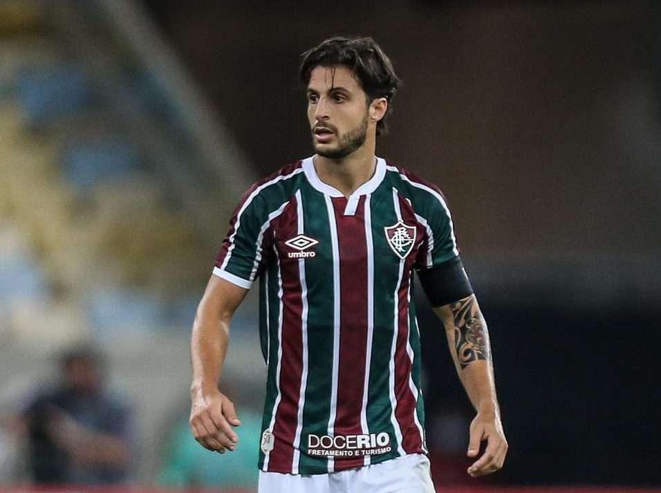 Live do Toque: Hudson aborda situação do atleta profissional de futebol no Brasil