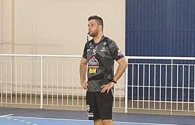 """Read more about the article JF Vôlei: """"Cada jogo matar um leão"""", diz Marcos Henrique"""