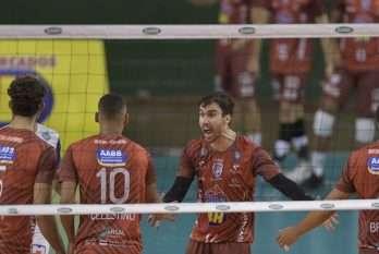 A equipe decide o título da Superliga B contra o Brasília.