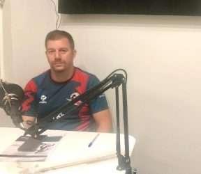 Bráulio Reis no estúdio da web rádio Nas Ondas do Toque