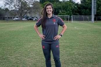 Jaqueane Correa, do Flamengo, é a entrevistada do Garotas no Toque