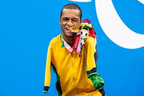 Read more about the article Sem chances aos adversários, Gabriel Araújo ganha 2º ouro em Tóquio