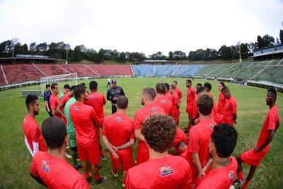 Read more about the article Manchester tenta 1ª vitória em casa na disputa direta com América-TO